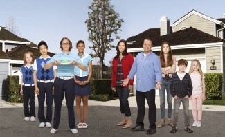 The Neighbors logo rare season 1 wallpaper image cast photo IAN PATRICK, TIM JO, SIMON TEMPLEMAN, TOKS OLAGUNDOYE, JAMI GERTZ, LENNY VENITO, CLARA MAMET, MAX CHARLES, ISABELLA CRAMP