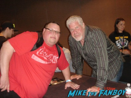 Ron Perlman fan photo signing autographs for fans sons of anarchy clay morrow rare signed