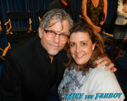 Jeff Kober signing autographs for fans photo rare china beach cast reunion