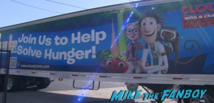 cloudy with a chance of meatballs food bank bill hader anna farris meeting fans