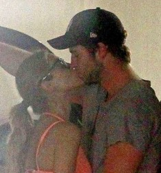 liam hemsworth kissing a different girl in las vegas rare promo sex hunger games star
