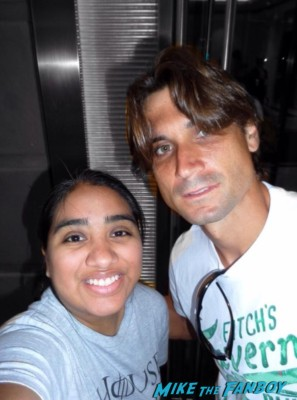 David Ferrer signing autographs for fans hot rare promo
