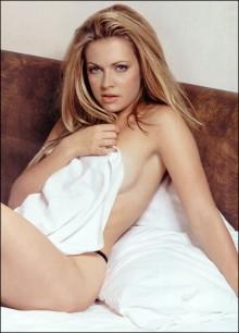 melissa joan hart hot sexy naked in bed sabrina photo