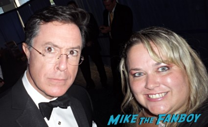 stephen colbert fan photo signing autographs