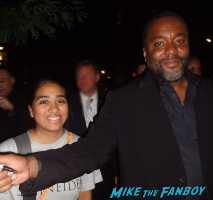 Lee Daniels signing autographs the butler movie premiere forrest witacker signing autographs (2)