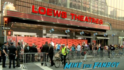 the family new york movie premiere red carpet michelle pfeiffer robert deniro (22)