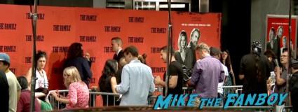 the family new york movie premiere red carpet michelle pfeiffer robert deniro (21)