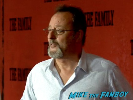 jean reno on the red carpet the family new york movie premiere red carpet michelle pfeiffer robert deniro (24)