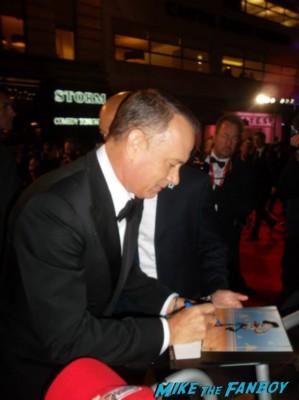 tom hanks signing autographs Tom hanks signed autograph card rare London film festival captain phillips red carpet