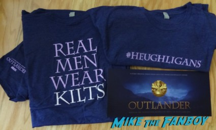 outlander t-shirt oversized postcard rare promo