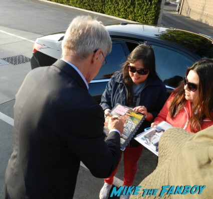 Harrison ford signing autographs and greetin fans tonight show with jay leno