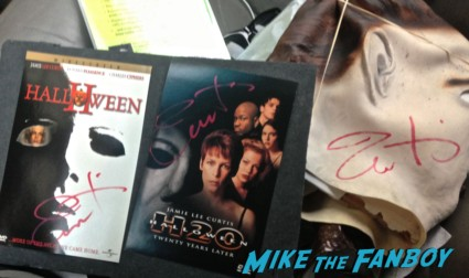 jamie lee curtis signed autograph halloween mask rare promo michael myers