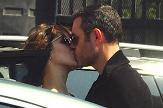 Katharine McPhee Kisses Mystery Man Who Isn't Her Husband