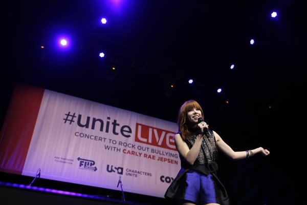 MGM Resorts International host #UniteLIVE: The Concert to Rock Out Bullying headlined by recording artist Carly Rae Jepsen
