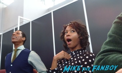 Nicole reacting to Orlando's Brit NYCC 2013 Sleepy Hollow