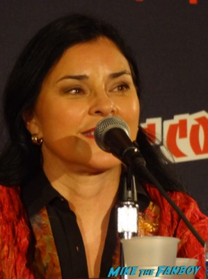 Outlander panel 1 nycc 2013 ron and diana