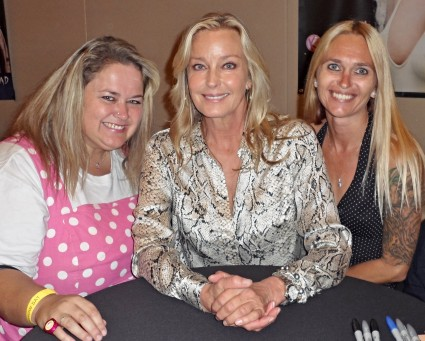Bo Derek fan photo signing autographs rare promo hot rare signing autographs