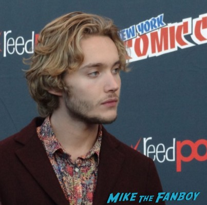 Toby Regbo (Prince Francis) nycc rare press carpet interviews