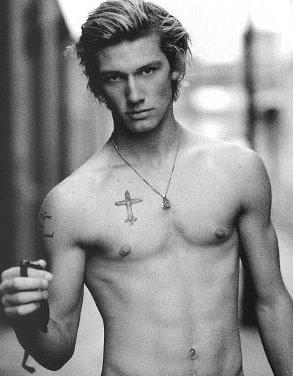 Alex Pettyfer hot naked shirtless photo shoot tattoo rare pecs muscle