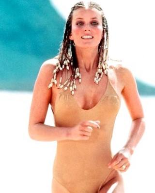 bo_derek_gallery_main in swimsuit from 10 rare hot