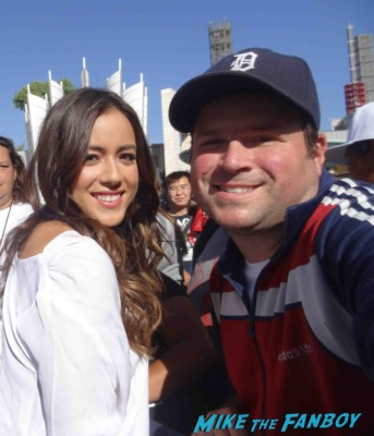 Chloe Bennet fan photo rare Agents of S.H.I.E.L.D. Chloe Bennet signing autographs for fans hot sexy rare