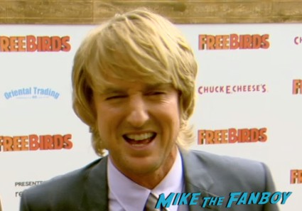 owen wilson on the red carpet free birds movie premiere owen wilson amy poehler red carpet Free Birds Movie Premiere Recap! Amy Poehler! Woody Harrelson! Owen Wilson! And A Kickin' Afterparty!