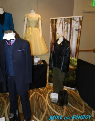 hunger games props and costumes on display at the hollywood show julie newmar signing autographs catwoman barbie 020