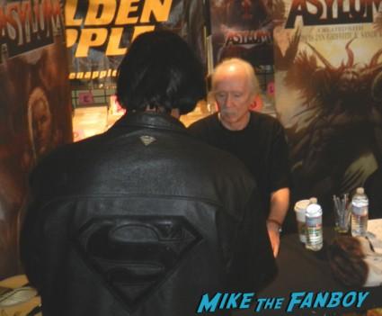 john carpenter gold apple autograph signing asylum comic book 003