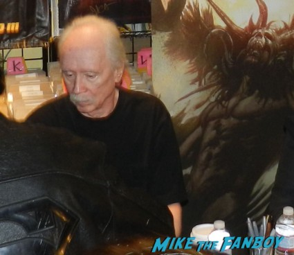 john carpenter gold apple autograph signing asylum comic book 003
