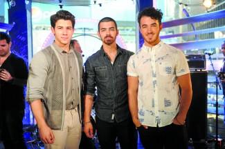 MTV, VH1, CMT & LOGO 2013 O Music Awards - New York, NY