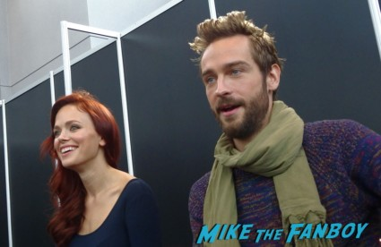Sleepy Hollow press - Tom mison & Katia nycc 2013 hot sexy