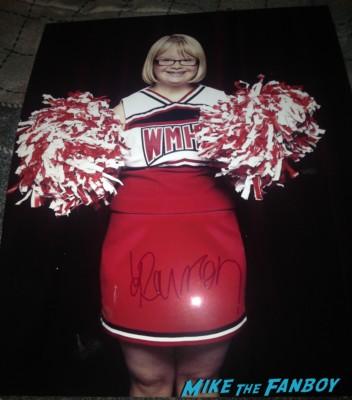 Lauren Potter fan photo signing autographs for fans Glee star Lauren potter giving a speech at University of Nevada