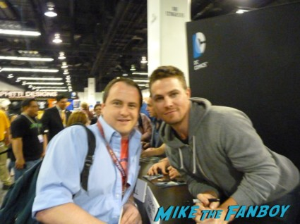 stephen amell fan photo signing autographs arrow autograph signing stephen amell rare sexy fine rare promo