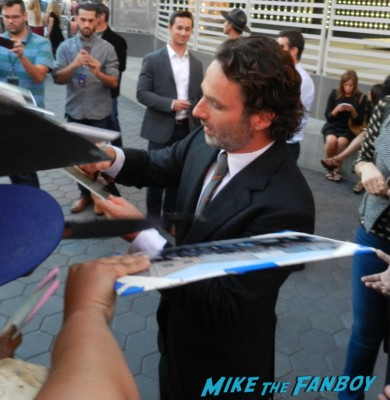 Andrew Lincoln signing autographs the walking dead season 4 premiere red carpet norman reedus hot 119