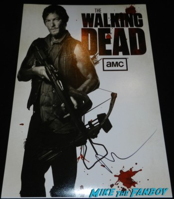 norman reedus signed autograph daryl dixon individual mini poster the walking dead season 4 premiere red carpet norman reedus hot 162