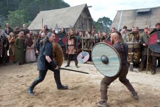 vikings press promo still ravis fimmell rare ragnar lothbrook