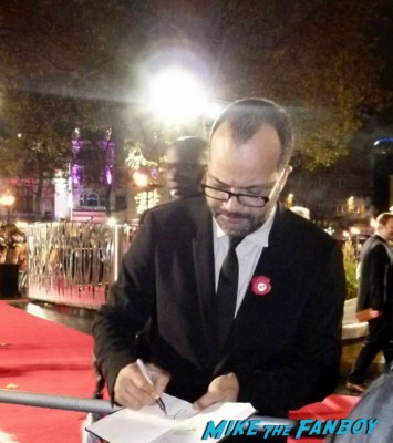 Jeffrey wright Signing autographs hunger games catching fire uk movie premiere