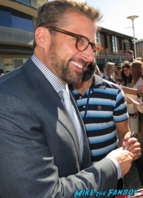 steve carell signing autographs anchorman 2 australian movie premiere