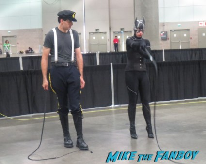 catwoman whpping lessons at comikaze 2013 cosplay thor rare loki ghostbusters stan lee 059