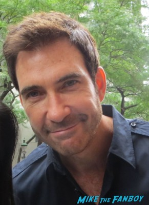 Dylan McDermott signing autographs for fans photo rare