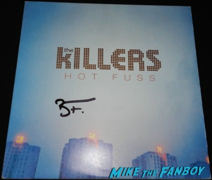 brandon flowers signed hot fuss blue vinyl lp signed autograph brandon flowers signing autographs jimmy kimmel live 2013 043