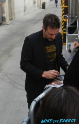 David Arquette signing autographs for fans jimmy kimmel live