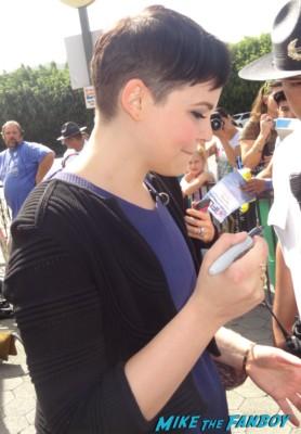 ginnifer goodwin signing autographs meeting fans extra