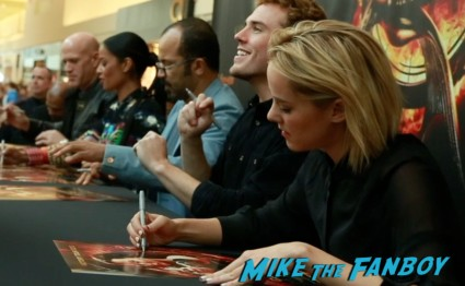 hunger games catching fire victory tour pa sam claflin bruno gunn signing autographs
