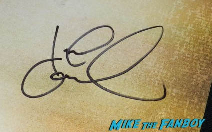 john goodman signed autograph signature john goodman signing autographs for fans aero 006