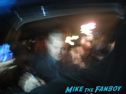 michael buble signing autographs