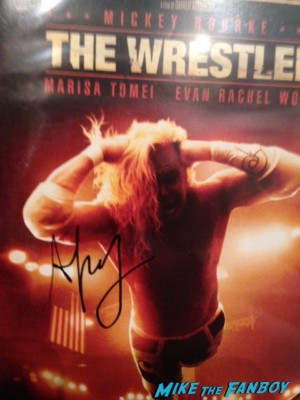 darren aronofsky signed the wrestler dvd cover mickey rourke the wrestler rare promo photo