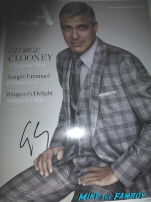 george clooney signed autograph LA Magazine rare sigourney weaver signing autographs (4)
