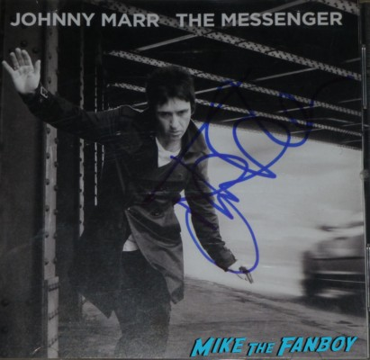 the messenger Smiths Strange Smirhs Best the queen is dead johnny marr signed autograph lp guitar pic Johnny Marr signing autographs for fans the smiths