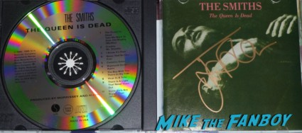 the queen is dead johnny marr signed autograph lp guitar pic Johnny Marr signing autographs for fans the smiths